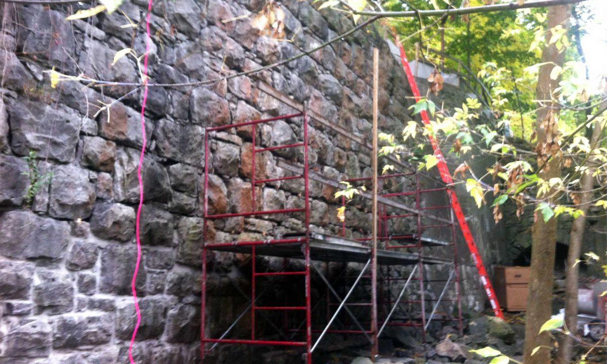 Whirlpool Bridge Retaining Wall
